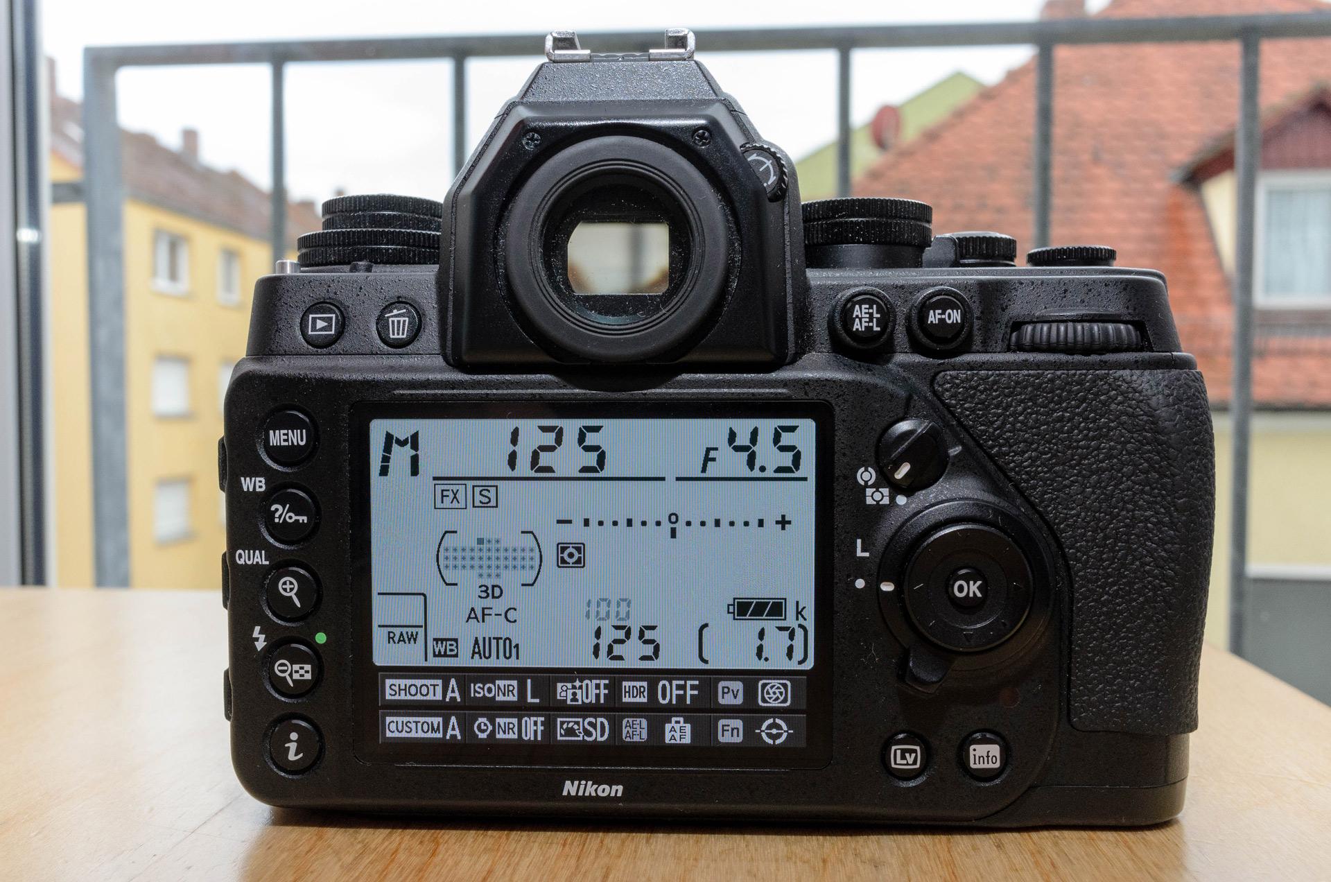 Nikon Df Rückseite