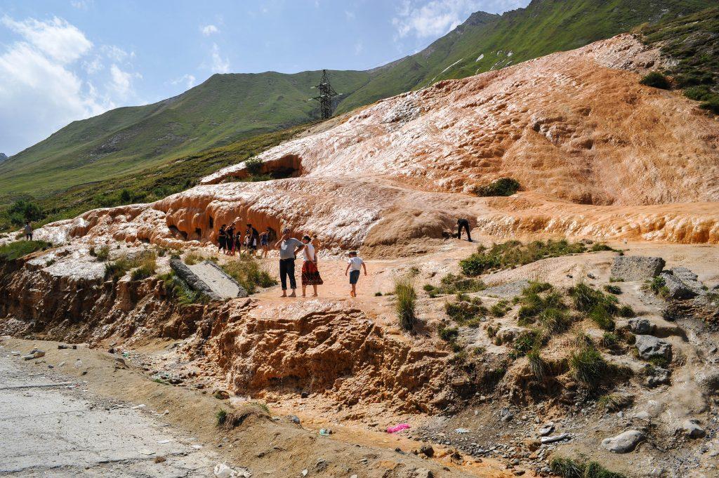 Mineralquelle zwischen Passhöhe und Kobi
