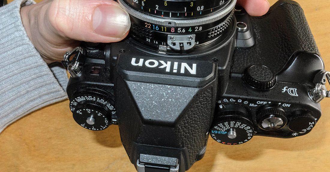 Nikon Df und Nikon AI Nikkor 28mm f/2.8