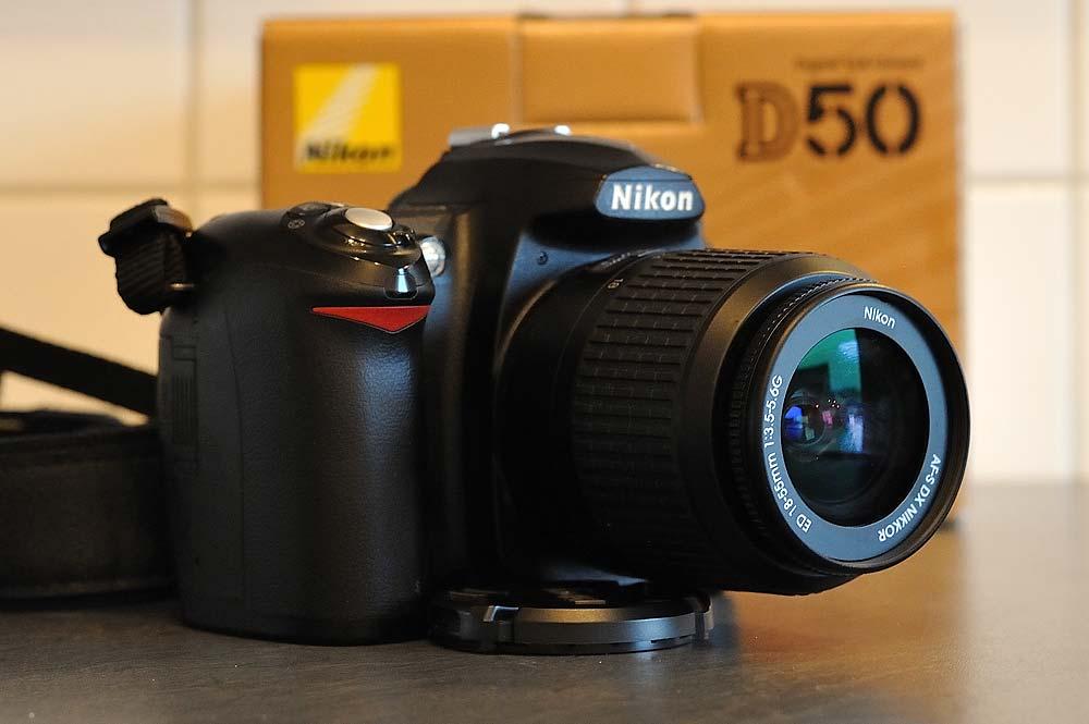 Nikon D50 mit 18-55